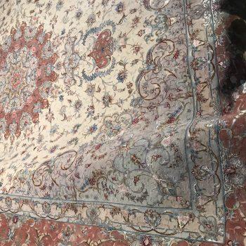 فرش طرح عليا رج ۵۰ چله و گل ابريشم ۱۲ متر